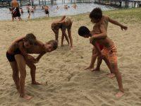 новый вид спорта - пляжная борьба